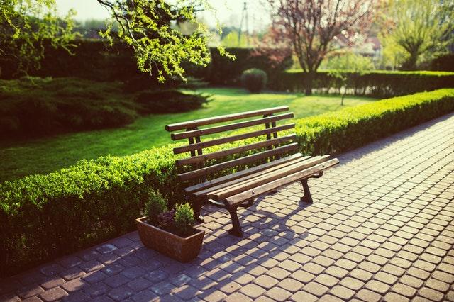la presenza di aree verdi vicino casa incrementa il valore di un immobile